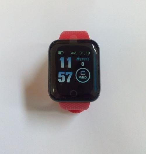 ساعة ذكية لتتبع معدل ضربات القلب وضغط الدم