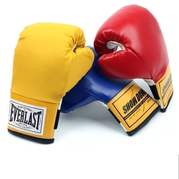 Kids Boxing Gloves From Everlast - Colors